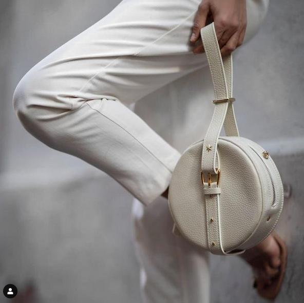 Voici les avantages d'acheter un sac à main en cuir pour femme