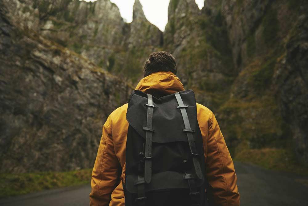 les astuces pour voyager léger